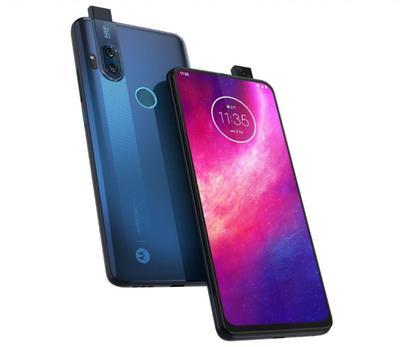 Motorola One Hyper: 6.5-дюймовый экран, основная камера на 64 Мп, выезжающая фронтальная, чип Snapdragon 675, Android 10 из коробки и ценник в $400