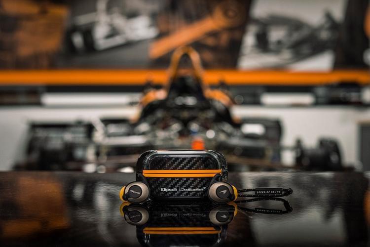 Крутые TWS-наушники от McLaren