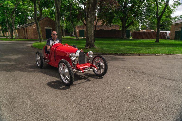 Детский Bugatti за недетские денги