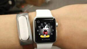 Можно ли безболезненно заменить Apple Watch на Xiaomi Mi Band