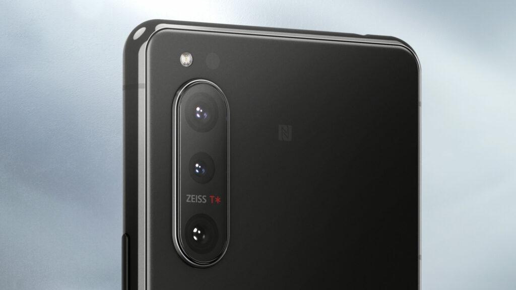 Новый флагманский телефон Sony действительно выглядит неплохо