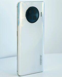Взгляните на один из первых телефонов на Snapdragon 888